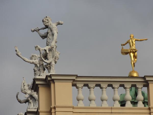 Dieux et silènes